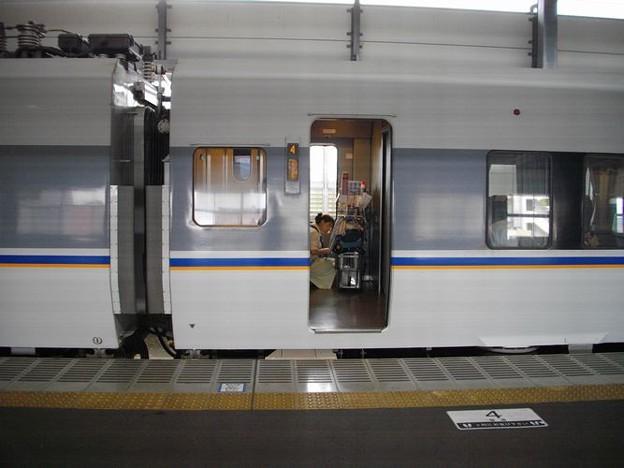 特急しらさぎ683系 (2000番台)準備中