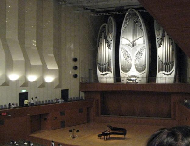 東京芸術劇場のパイプオルガン