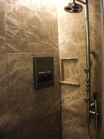 シンガポール航空ラウンジのシャワー室
