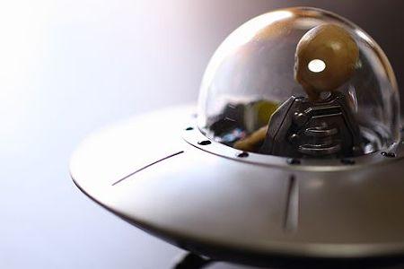 UFO (10)