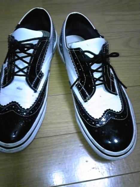 そして4年間愛用のバンズ白黒靴★