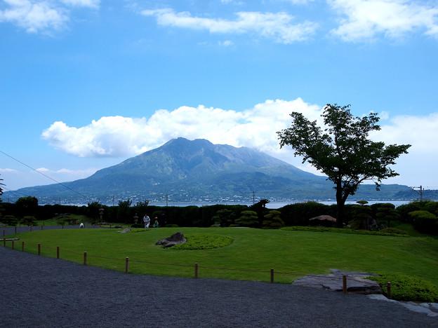 Photos: 仙巌園から見た桜島