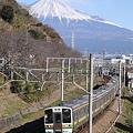Photos: 東海道本線 富士川-新蒲原 211系普通列車