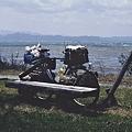 強風の猪苗代湖