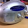 Photos: 手回し充電ラジオ、動作確認。ライト付き。1