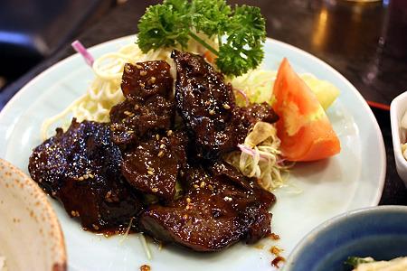 西千葉「中華料理 和食 ふさ元」マグロのみみ焼ステーキ