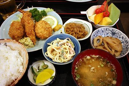 西千葉「中華料理 和食 ふさ元」ミックスフライ定食 1000円