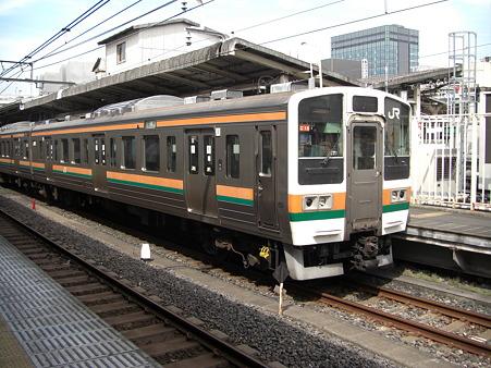 JR 湘南新宿ライン 211系
