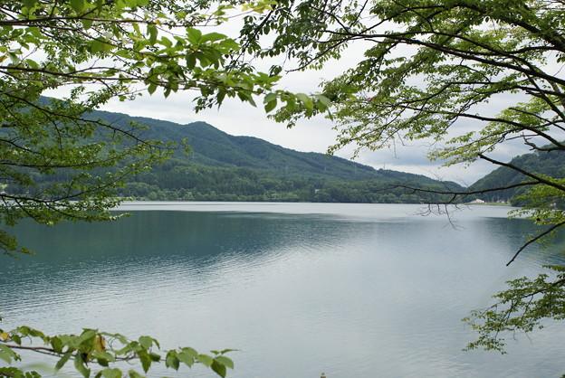 写真: 青木湖