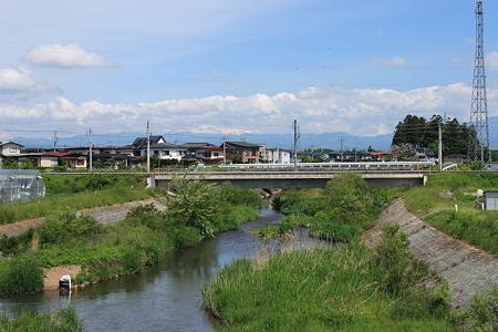 羽前千歳駅付近