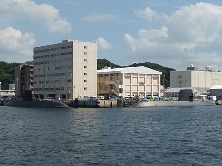 101008-よこすか軍港めぐり (92)