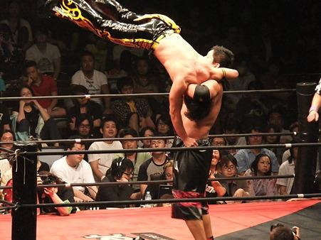 DDT 両国ピーターパン2011 〜二度あることは三度ある〜 KO-D無差別級選手権 石川修司vsKUDO (5)