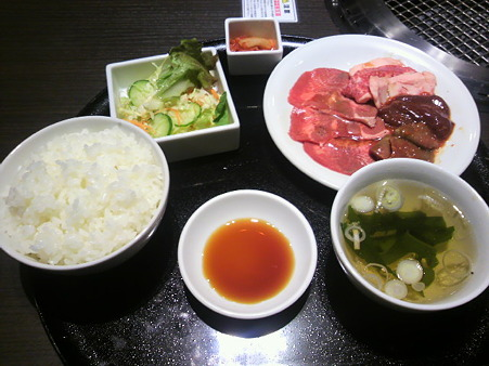 新川焼肉ランチ2