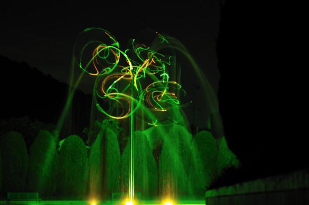 夜の噴水01