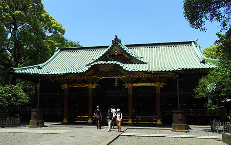 根津神社本殿