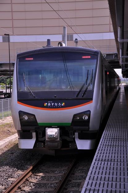 新青森駅にてハイブリッドHB-E300系