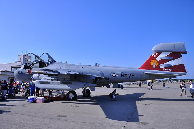 GAUNTSLETS VAQ-136・・20110910厚木基地開放海軍航空100周